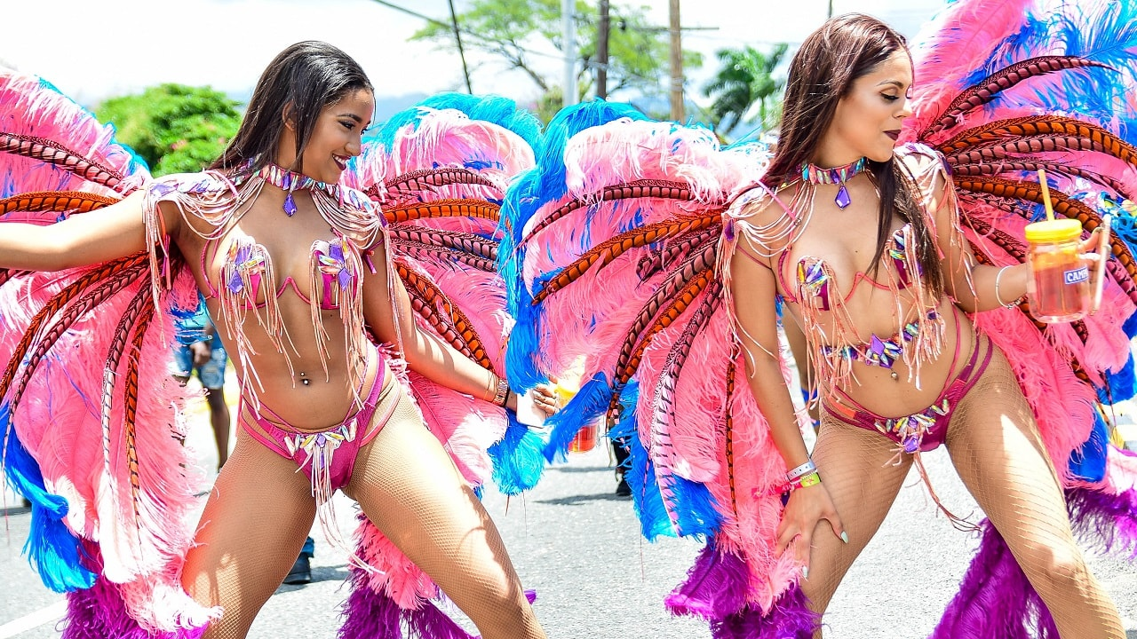 Campari brings vibes to Xodus Carnival Road March