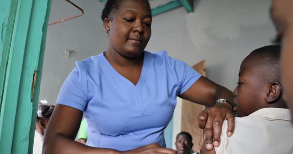« Cette campagne vise à vacciner et protéger nos enfants, l'avenir du pays. », a expliqué Dr Lauré Adrien  (crédit photo : OPS/OMS Haiti)