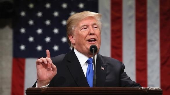 """En appui au président Trump, le Pentagone s'est dit """"prêt"""" à présenter des options militaires pour frapper en Syrie."""