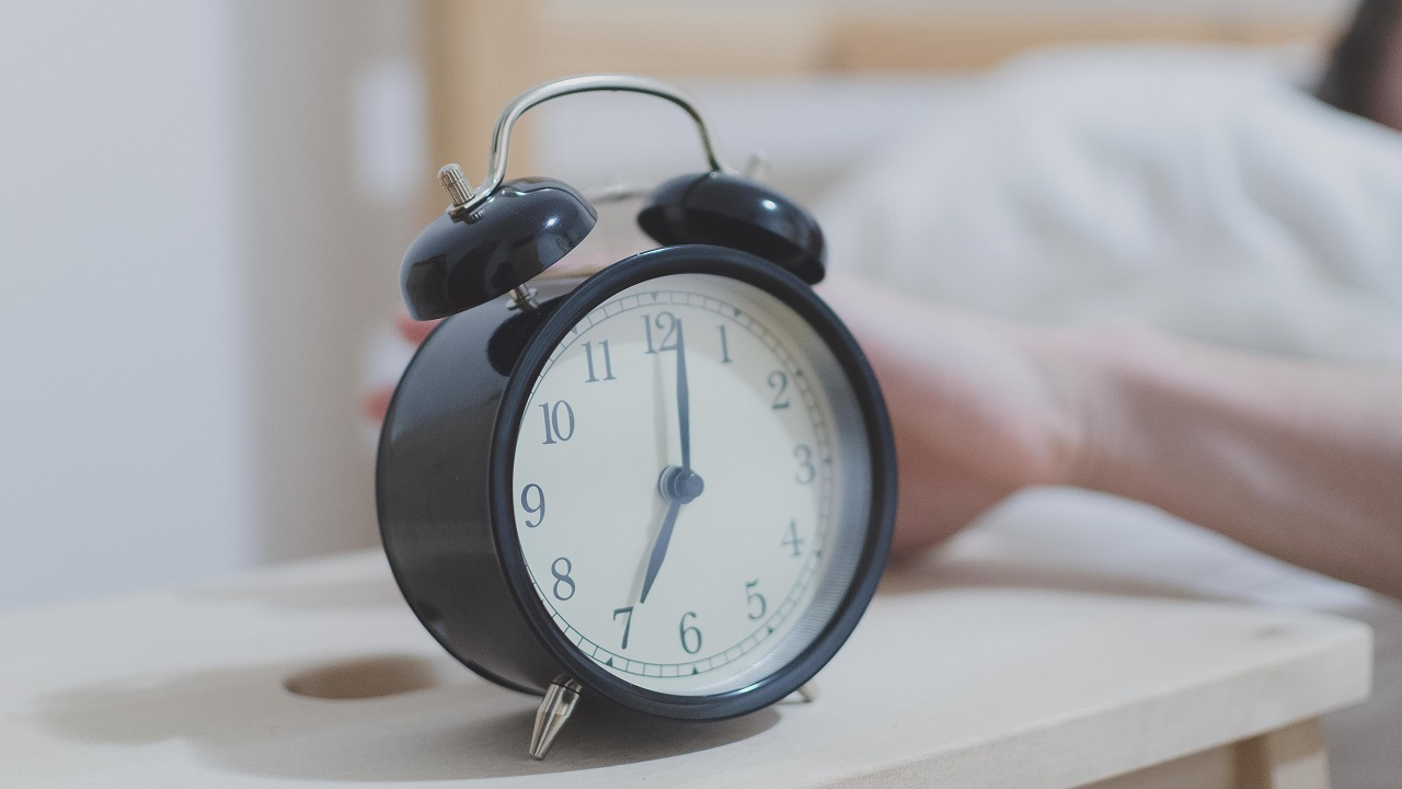 (File image of alarm clock via Pexels)