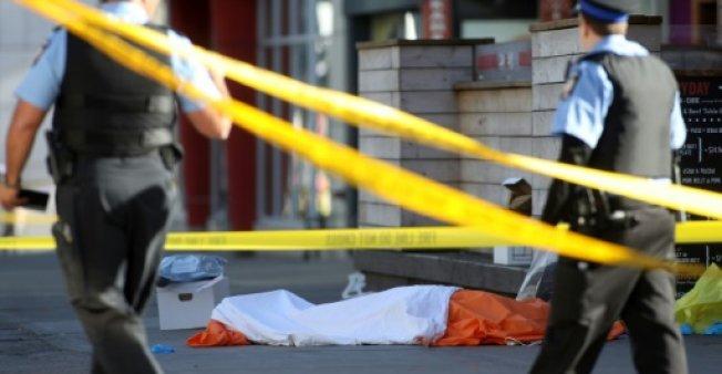 La fourgonnette-bélier a fait neuf morts et seize blessés, selon un premier bilan de la police. (Crédit photo : AFP)