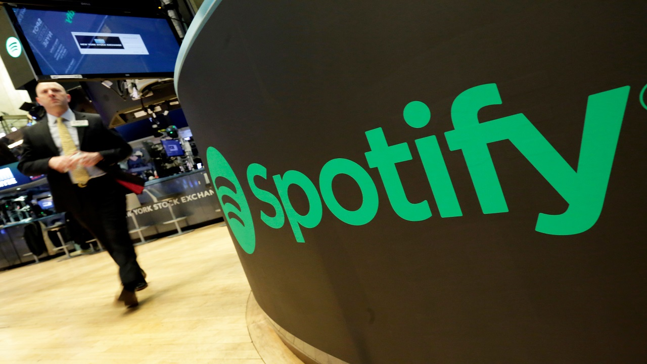 Record-setting direct listing makes Spotify a $30 billion firm