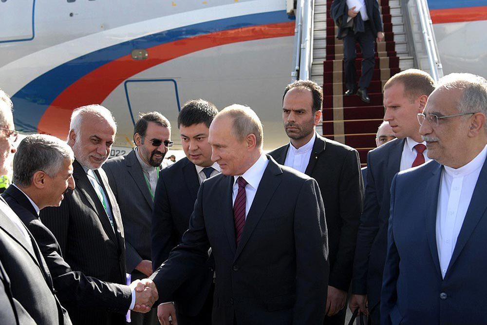 En pleine crise diplomatique entre la Russie et l'Occident, le président russe Vladimir Poutine a entamé mardi une visite de deux jours dans la capitale turque pour discuter de la construction d'une centrale nucléaire avec son homologue Erdogan .