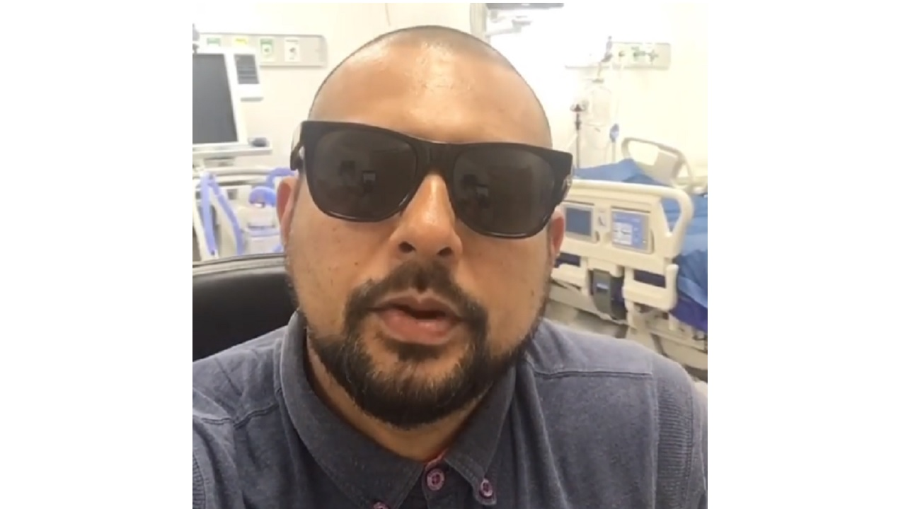 Sean Paul issued a plea to persons to donate blood to help his ailing father.