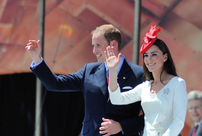 Le bébé royal sera le sixième arrière petit-enfant de la reine Elizabeth II, qui a fêté ses 92 ans samedi, et de son mari, le prince Philip, âgé de 96 ans. (crédit photo : AFP)