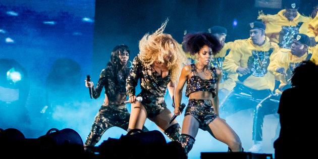 Devant 100.000 spectateurs lors du festival de Coachella, Beyoncé a signé son retour sur scène samedi soir avec ses copines des Destiny's Child.