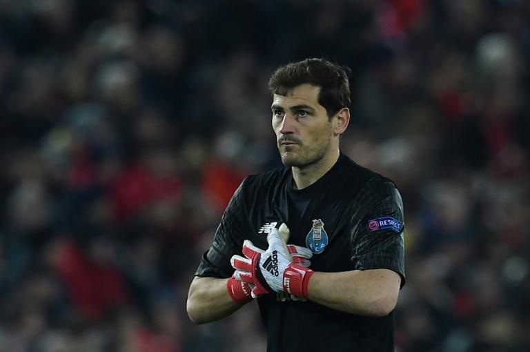 Titularisé lors du déplacement du FC Porto sur le terrain du Belenenses à Lisbonne lundi soir en championnat du Portugal, Iker Casilas a disputé le millième match de sa carrière professionnelle.