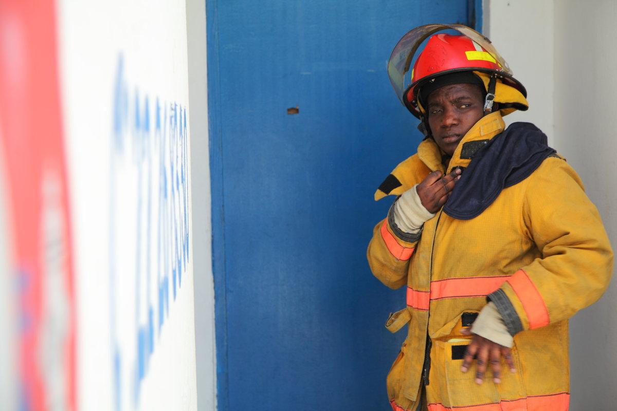 Wideline Mereveille, chef des opérations de la caserne des sapeurs- pompiers, à Cap-Haïtien./ Photo : Moise Alex Docteur - UN/MINUSTAH