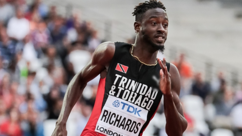 Jereem Richards cruises to Gold in Men's 200m final