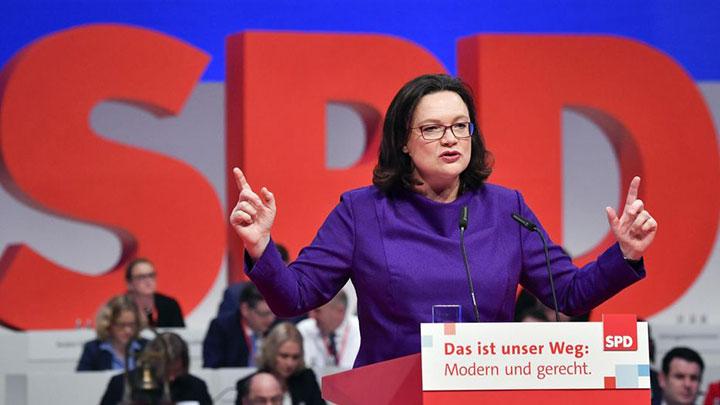 Pour la première fois, les deux plus grands partis nationaux allemands sont dirigés par une femme, avec Angela Merkel chez les conservateurs. Les femmes occupent aussi des postes-clés à la tête de la gauche radicale, des écologistes et de l'extrême droite. (Crédit photo : AFP)