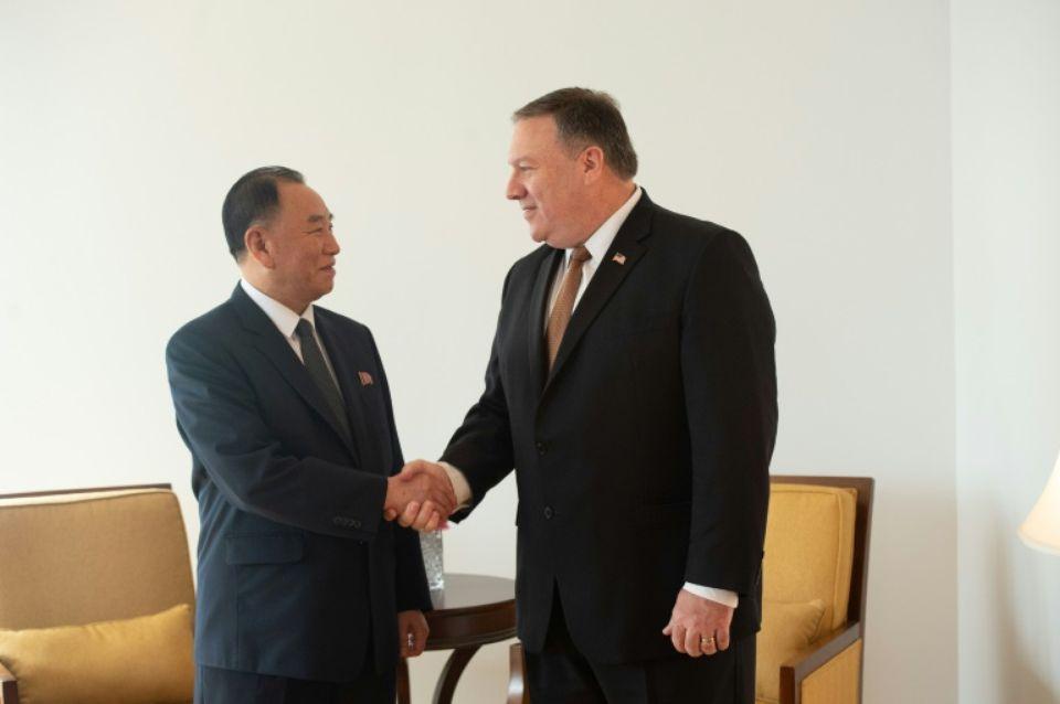"""""""Le sommet envisagé est une chance historique"""" pour propulser les Etats-Unis et la Corée du Nord, qui n'ont pas de relations diplomatiques et échangeaient il y a encore six mois menaces nucléaires et invectives, """"dans une nouvelle ère de paix. (crédit photo : AFP)"""