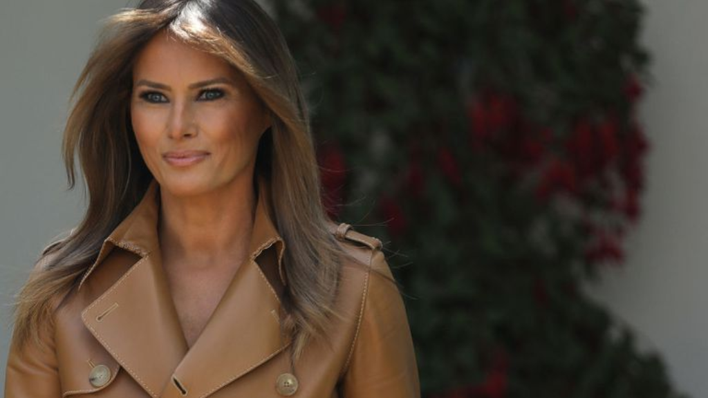 Trump visits first lady in hospital for second straight day