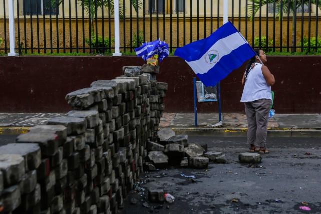 Mercredi au Nicaragua, des affrontements entre manifestants et partisans du gouvernement de Daniel Ortega ont fait au moins deux morts et 54 blessés. (crédit photo : AFP)