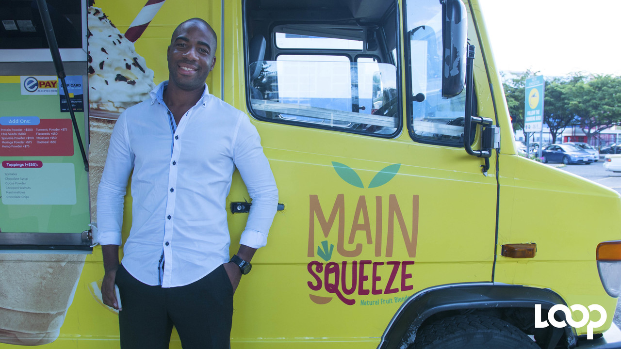 Main Squeeze, headed by Jason McCook applies the quick-service, food truck concept, except that it sells juices, rather than food.