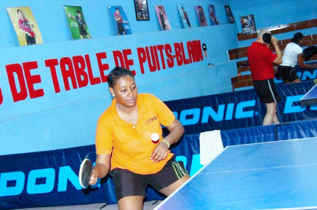 Séance pratique entre pongistes débutants et pongistes avancés et/ou professionnels./ Photo : CTTPB /Club de Tennis de Table de Puits-Blain (Facebook)