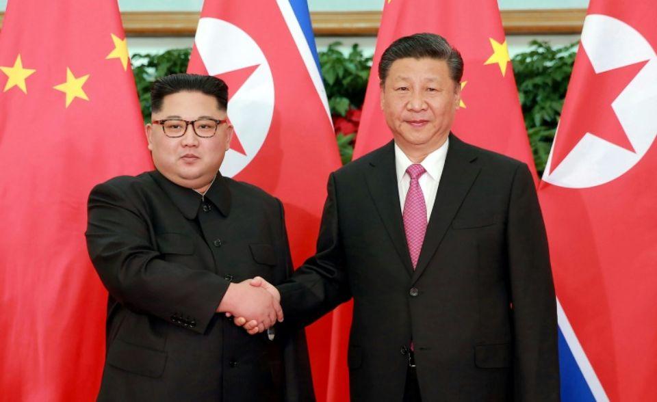 """""""Les choses ont changé après cette rencontre et je ne peux pas dire que cela me rende très heureux"""", avait témoigné le président américain, avant de qualifier son """"ami"""" Xi Jinping de """"joueur de poker de niveau mondial"""". (crédit photo : AFP)"""