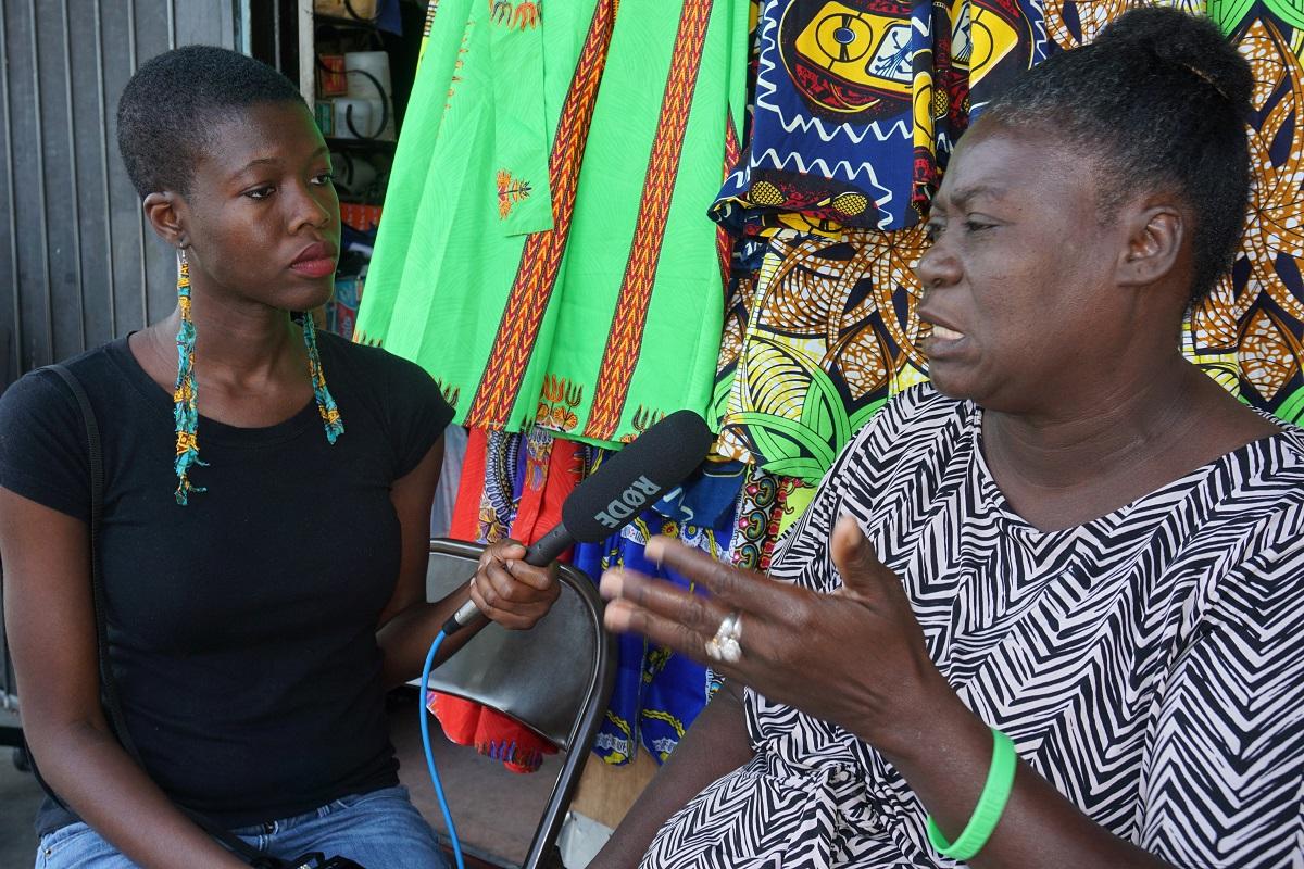 Nadège Green (à droite), première haïtienne d'origine à remporter le prix Ruth Shack à Miami.