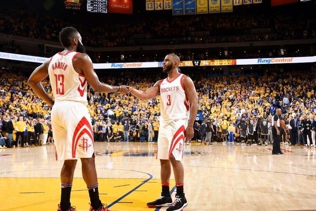 Le vainqueur de ce duel sera opposé en finale à Boston ou Cleveland, eux aussi dos à dos deux victoires partout dans la finale de conférence Est. (crédit photo : AFP)