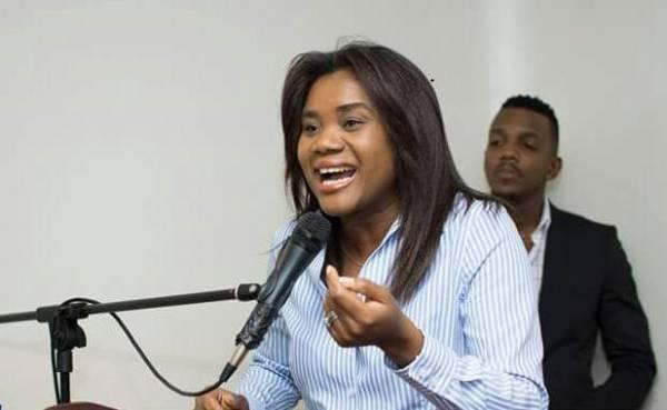 Cette diplomate les étudiants haïtiens en RD à revenir en Haïti. Photo: Diario Libre