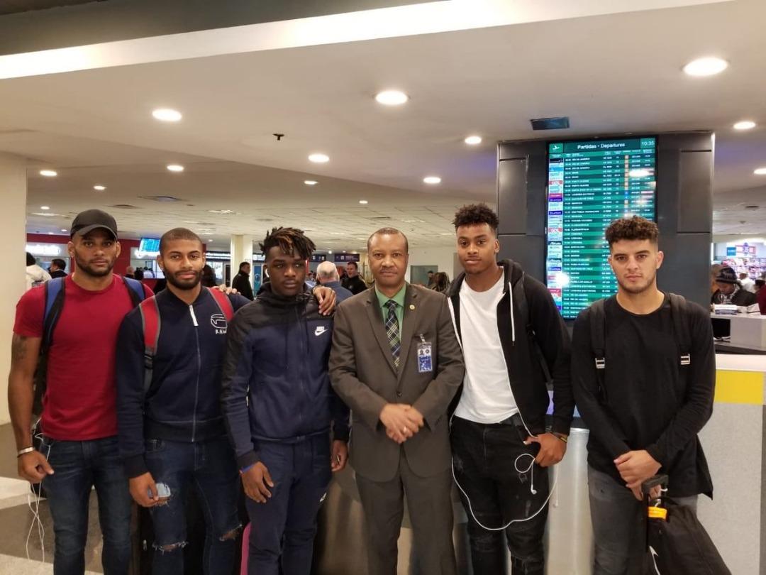 Quelques joueurs de l'équipe nationale sont arrivés en Argentine