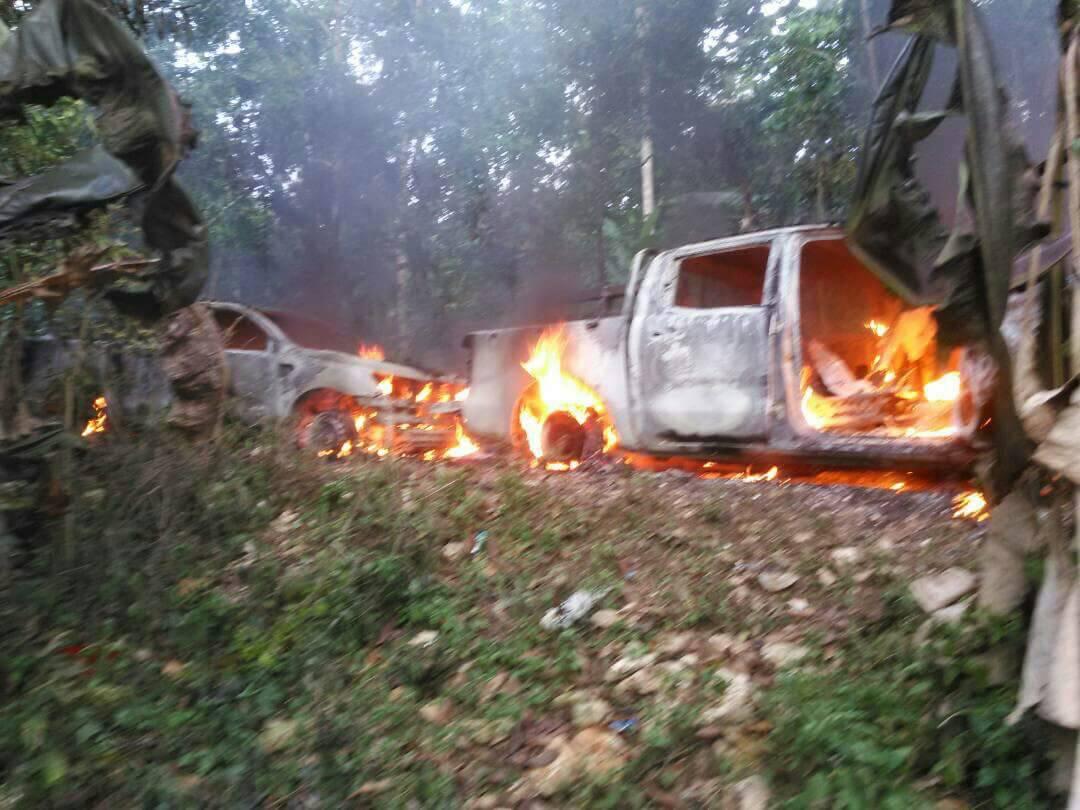 A Thiotte, vendredi 27 avril 2018, deux véhicules appartenant à la Police Nationale d'Haïti ont été incendiés suite à une opération de la Brigade d'Intervention contre l'Insécurité Foncière (BRICIF).