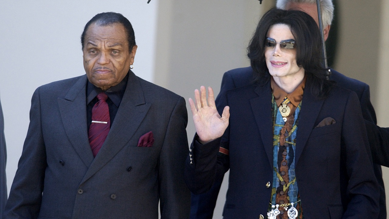 (Image: AP: Joe Jackson, pictured with son Michael on 15 March 2005)
