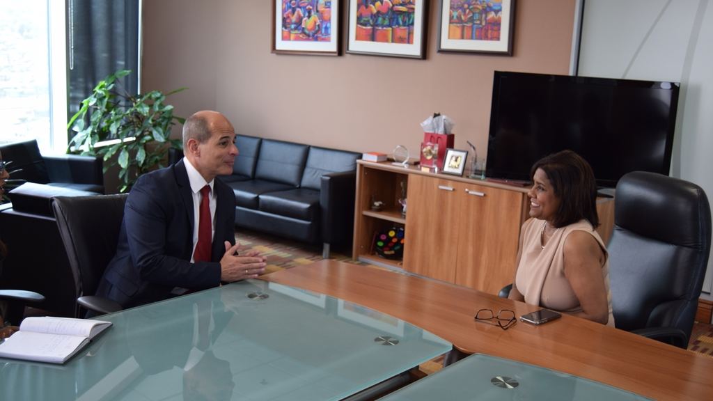 Trade and Industry Minister Paula Gopee-Scoon (r ) in conversation with Vice Minister of Foreign Affairs of the Republic of Cuba, His Excellency Rogelio Sierra Diaz