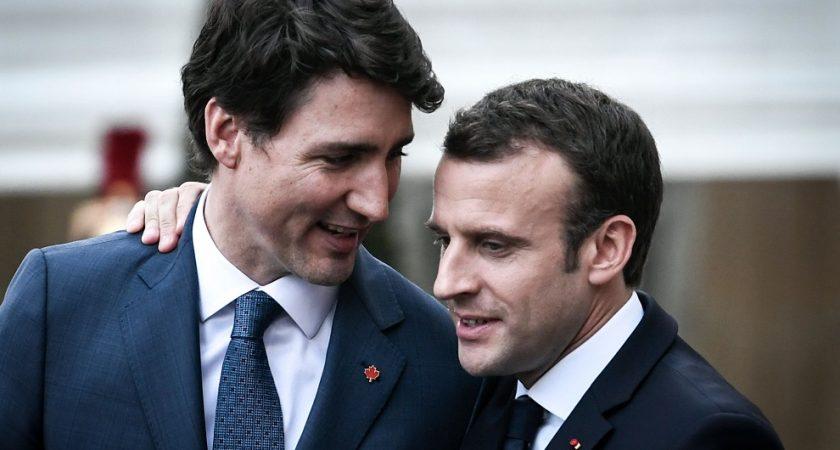 Dirigeants de la même génération (40 et 46 ans), chantres du libre-échange et du multilatéralisme, MM. Trudeau et Macron veulent accorder leurs violons avant le début des hostilités. (Crédit photo : AFP)