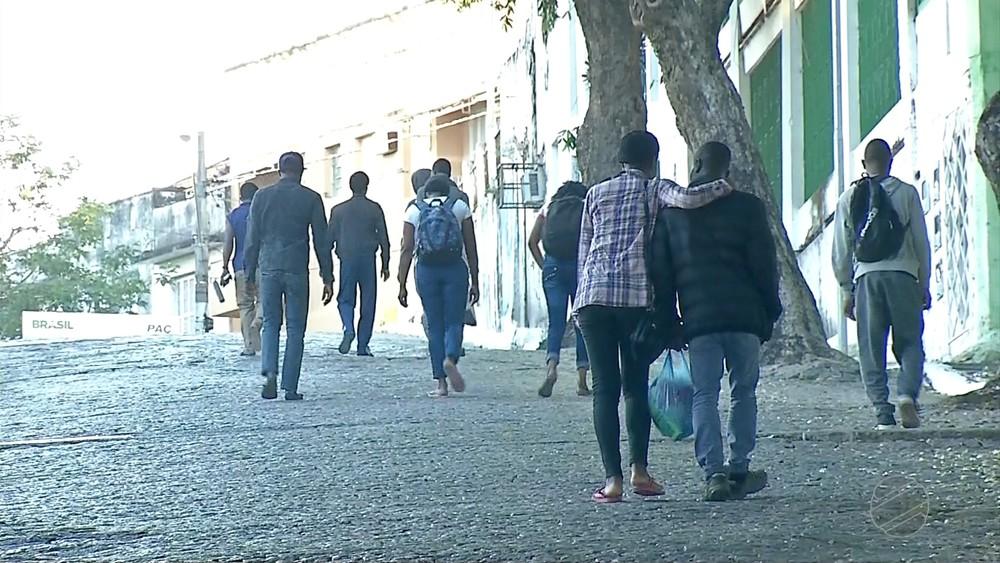 Plus de 50 migrants haïtiens bloqués dans une ville au Brésil. Photo: O Globo