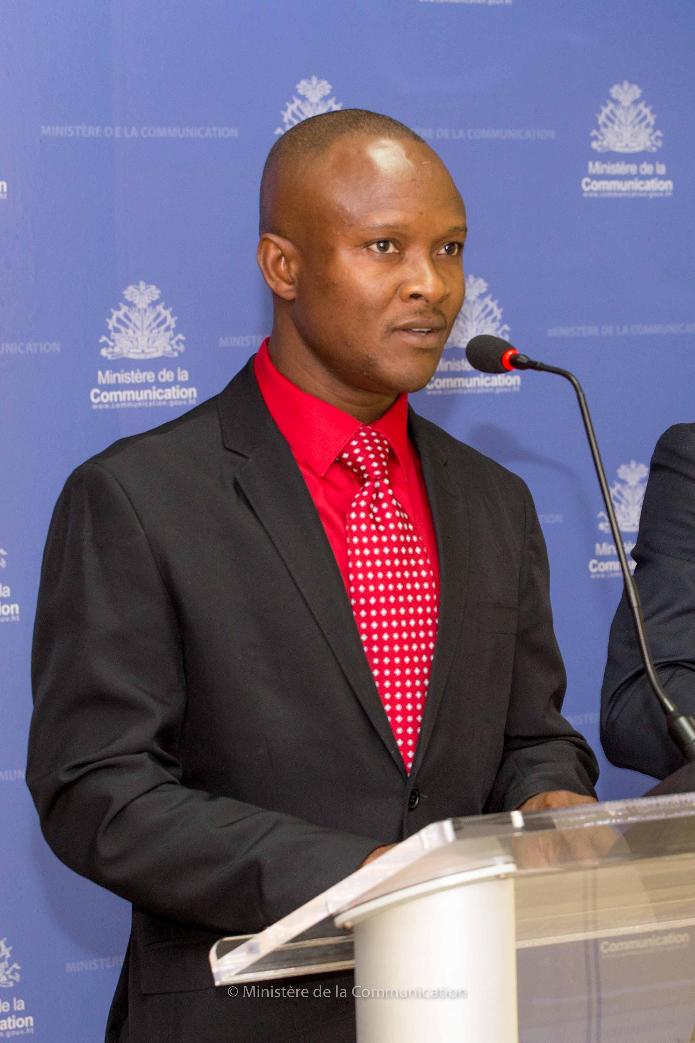 Méniol Jeune, Directeur Général du Ministère de l'Éducation Nationale et de la Formation Professionnelle (MENFP).