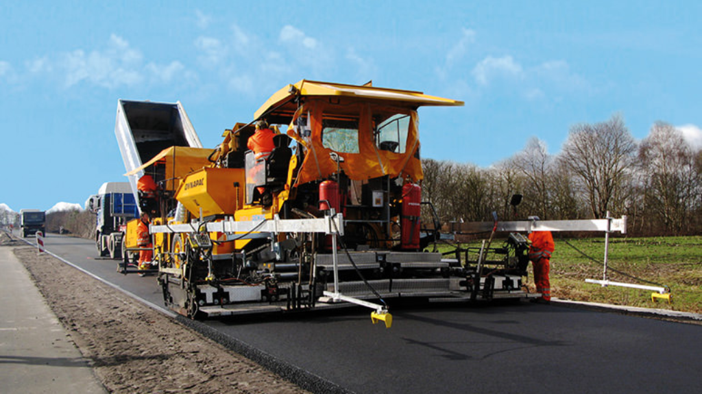 (Photo is used for reference purposes only and is not a photo of the asphalt spreader referred to in the article.)