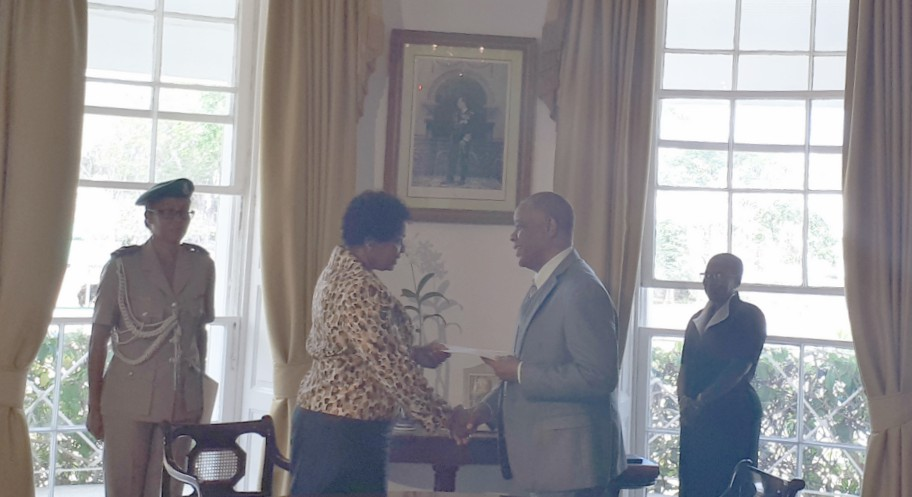 Governor General, Dame Sandra Mason congratulating Senator Caswell Franklyn on his appointment.