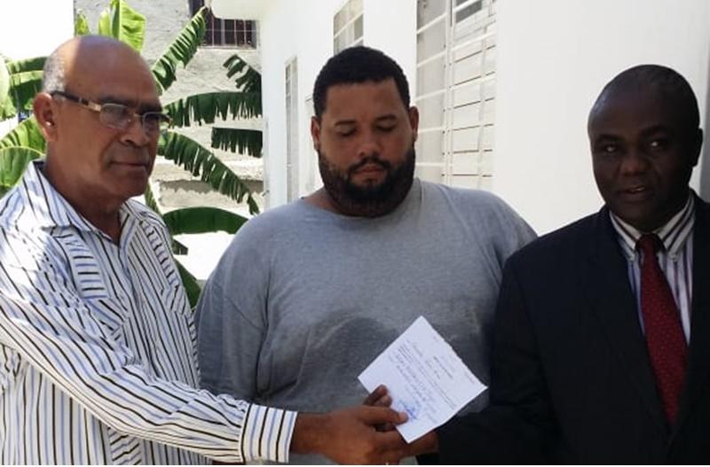 Un Dominicain libéré par les autorités judiciaires de Fort-Liberté. Photo: El Nuevo Diario