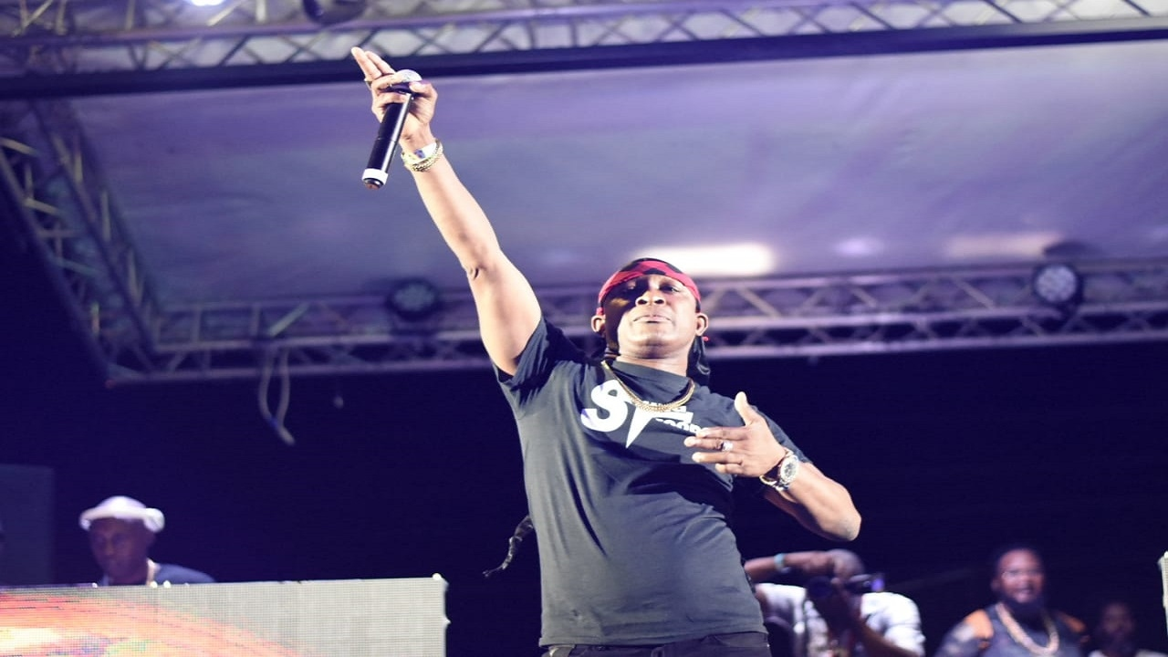 Ricky Trooper performing at the Sumfest World Clash.