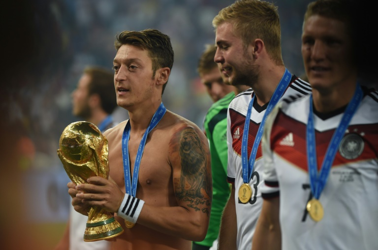 Mesut Özil battu avec l'Allemagne au Mondial en Russie par la Corée du Sud, le 27 juin 2018 à Kazan