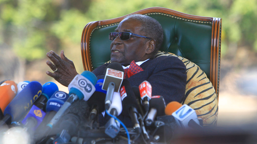 Former Zimbabwean President Robert Mugabe addresses a press conference at his residence in Harare, Sunday, July, 29, 2018, ahead of Mondays election in a country seeking to move past decades of economic and poltical paralysis. (AP Photo/Tsvangirayi Mukwazhi)