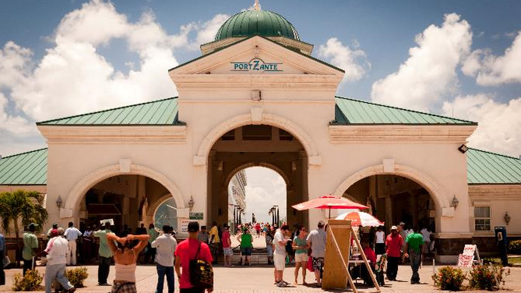 St. Kitts' Port Zante