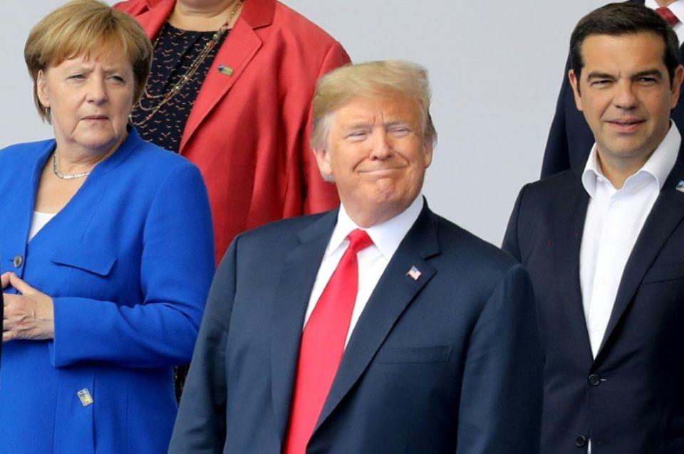 La chancelière allemande Angela Merkel, le président américain Donald Trump et le Premier ministre grec Alexis Tsipras au sommet de l'Otal à Bruxelles le 11 juillet 2018 Photo LUDOVIC MARIN. AFP