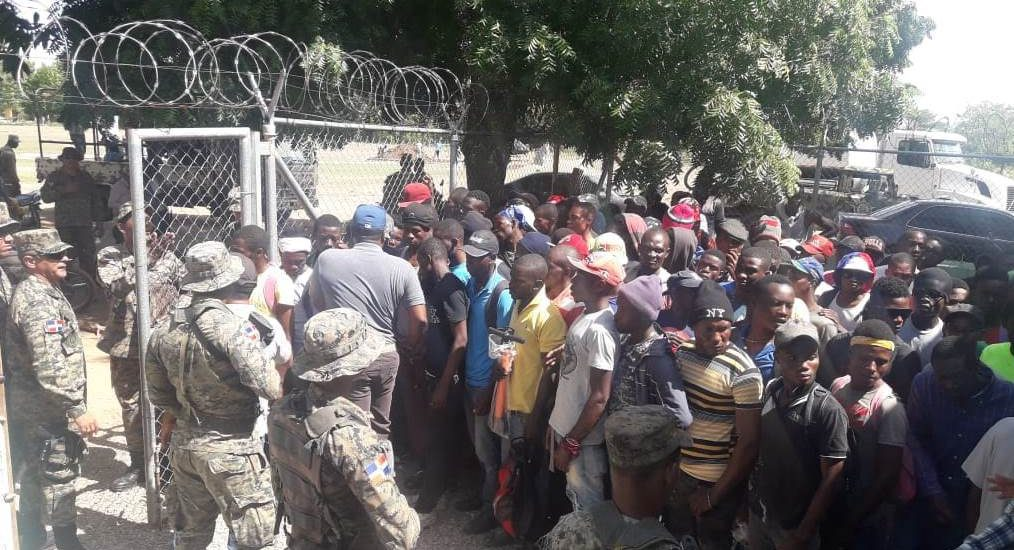 L'Armée Dominicaine a arrêté 951 Haïtiens en RD. Photo: El Nuevo Diario