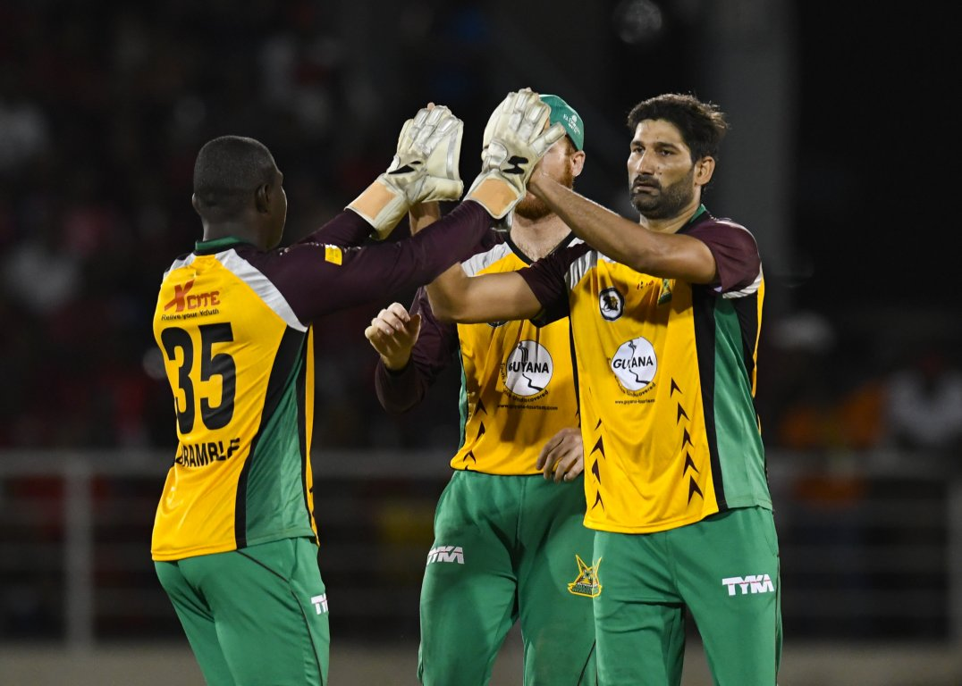 Tanvir (right) took the most wickets (17) in the 2017 Hero CPL