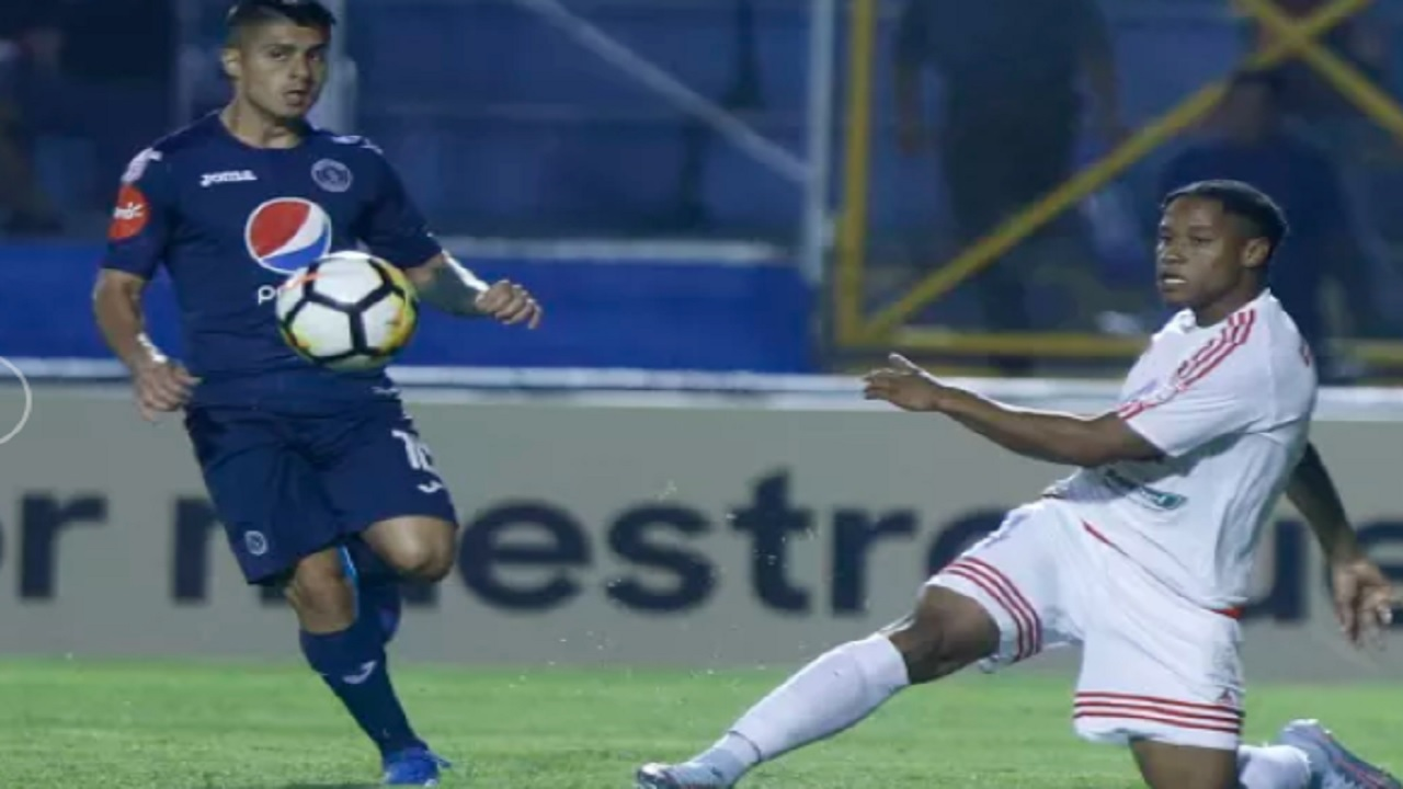 Action from the Scotiabank Concacaf League first leg quarterfinal playoffs between Portmore United from Jamaica and Honduran side FC Motagua on Thursday, August 23, 2018 at the Estadio Tiburcio Carias Andino in Tegucigalpa, Honduras. (PHOTO: Concacaf.com)