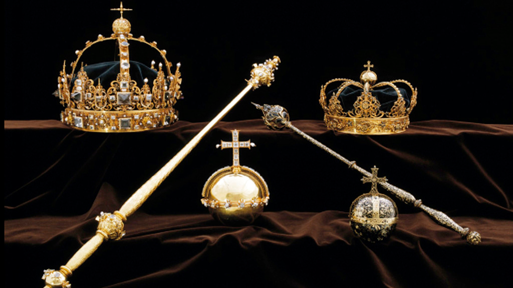 This image made available on Wednesday Aug. 1, 2018 by the Swedish Police, shows a collection of Swedish Crown jewels.(Swedish Police via AP)