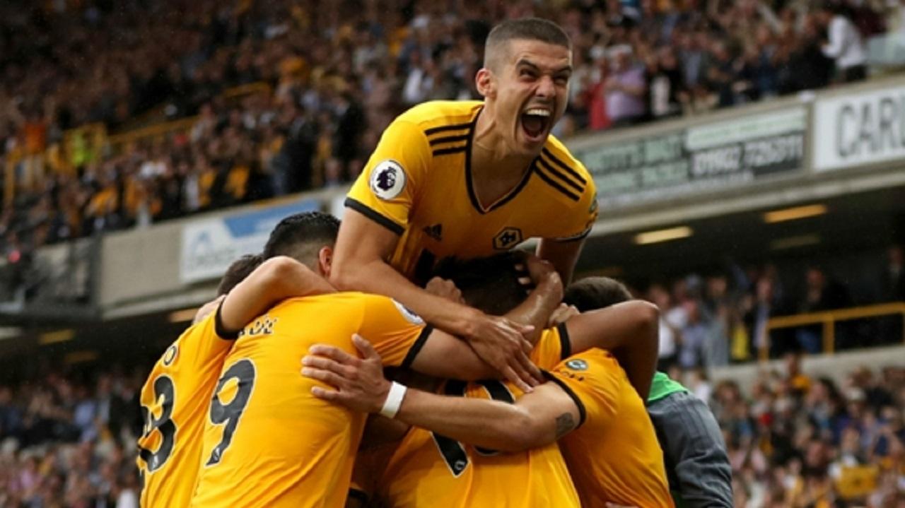 Wolves celebrate Raul Jimenez's leveller.