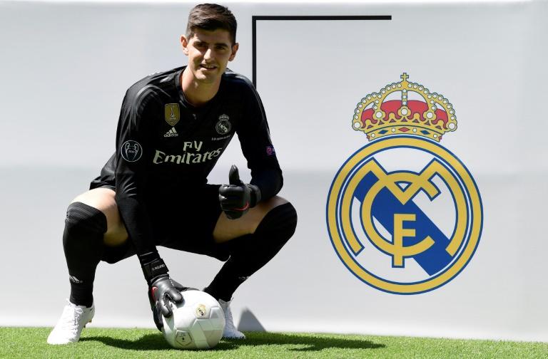 Le gardien belge Thibaut Courtois, recrue du Real Madrid, lors de sa présentation officielle le 9 août 2018 à Bernabeu