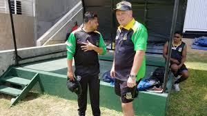 Jamaica Tallawahs head coach Mark O'Donnell (right) and assistant coach Ramnaresh Sarwan