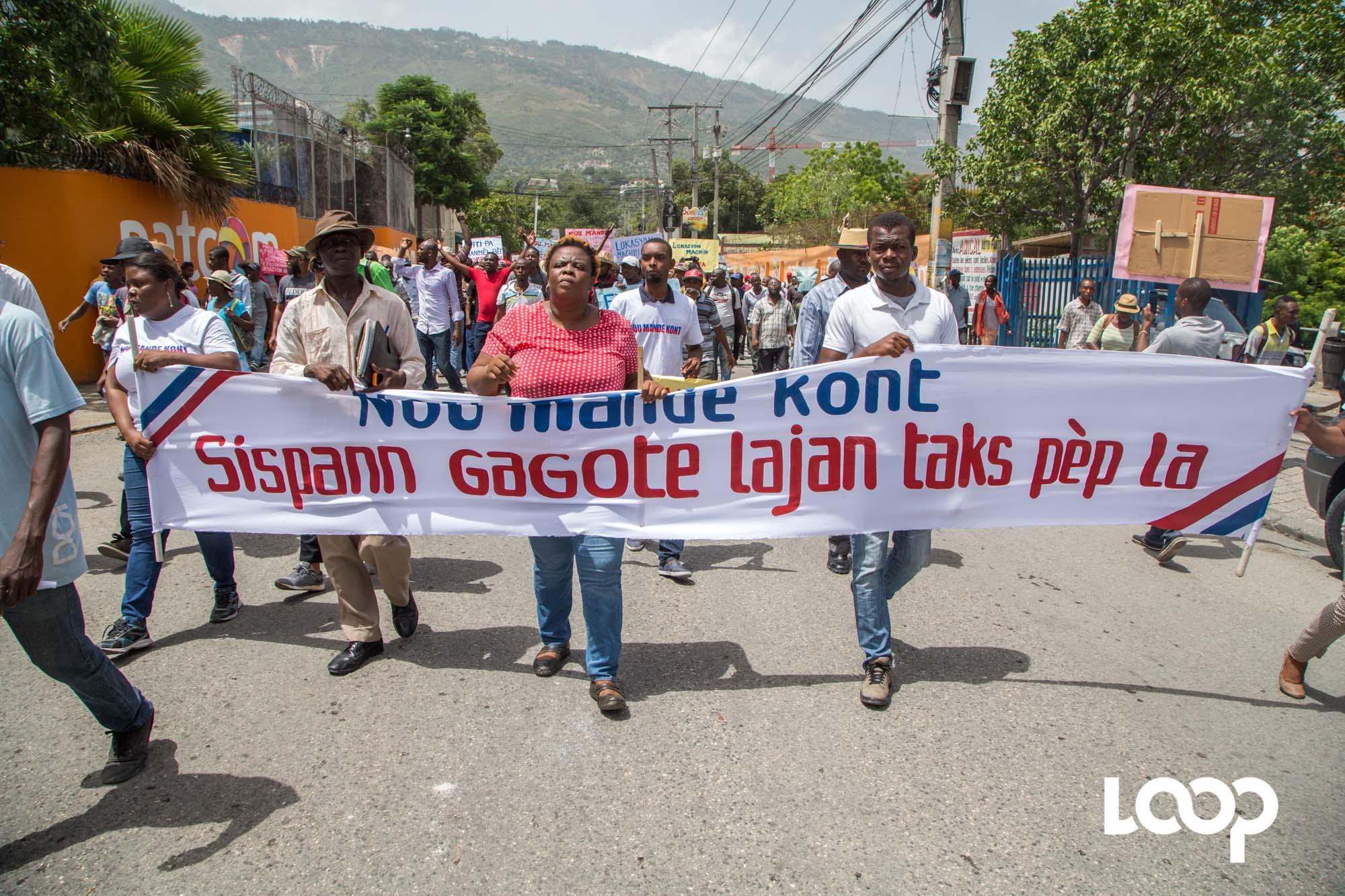 [VIDÉO]: Marche contre le gaspillage des fonds publics en Haïti. Photo: Loop Haïti