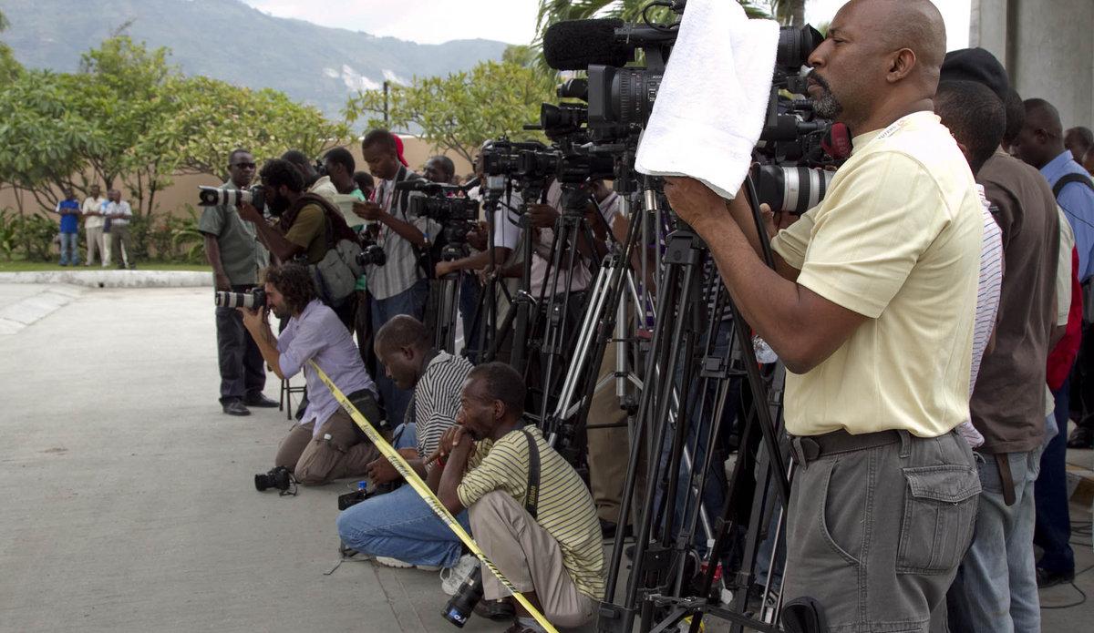 Des journalistes exerçant leurs fonctions en Haiti / Photo: Minustah