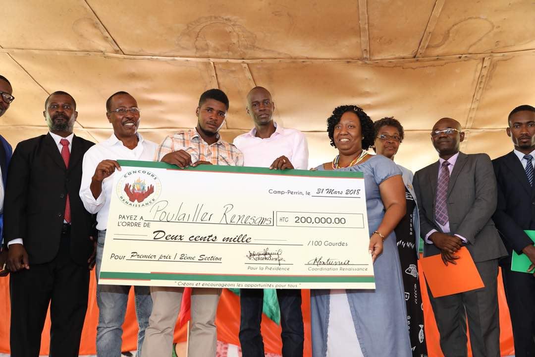 Illustration de la remise de chèques aux Gagnants du concours de la Renaissance - Crédit - MCC