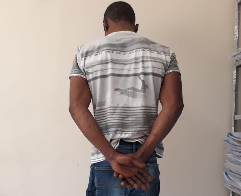 Un Haïtien arrêté au Brésil pour le viol d'une fille de 14 ans. Photo: Poste de police du Brésil