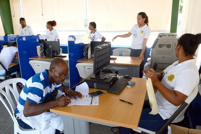 Désormais, les Haïtiens ont besoin d'un garant pour se rendre en RD